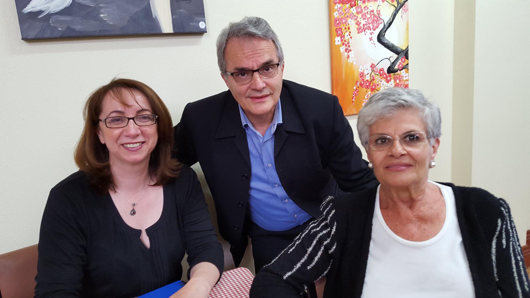 Iakovos Garivaldis among two reporters, Dina Gerolymou from SBS National and Rena Fragioudakis from 3XY Radio Hellas